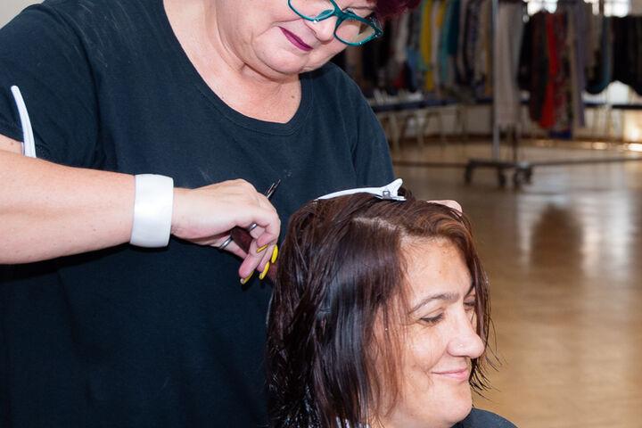 Schnipp schnapp, die Haare ab. (Bild: Ablichterei e.U. Claudia Spieß)
