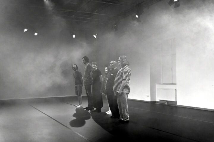 Auf der Bühne. (Bild: Nick Mangas)