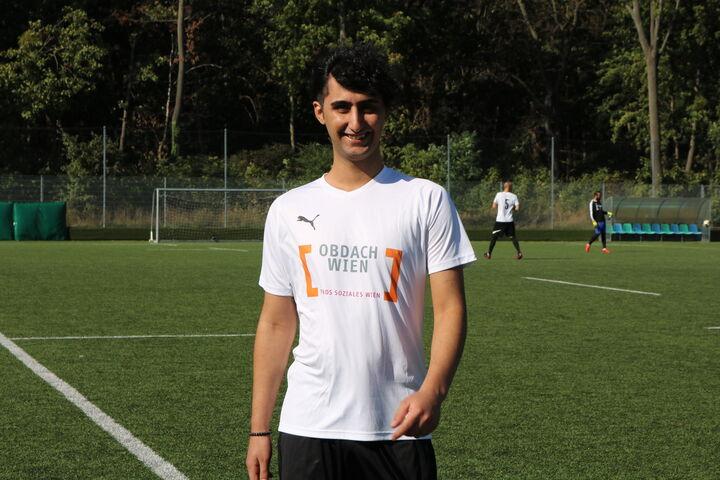 Ein selbstbewusster Spieler des Teams wärmt sich für das Match auf. (Bild: FSW)