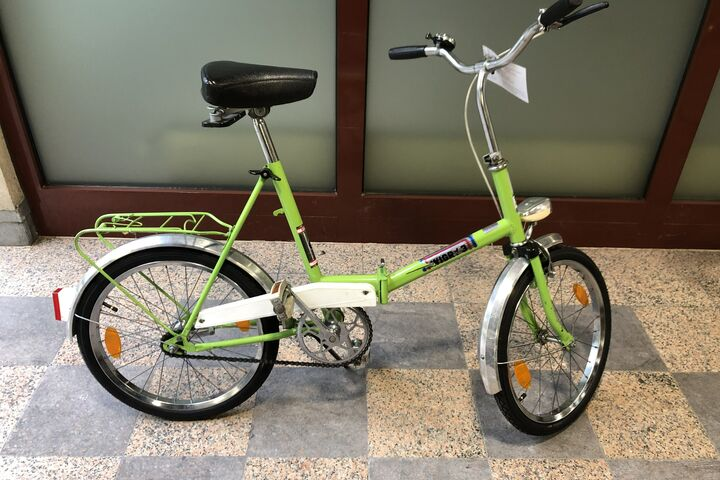 """""""Wigry"""": ein froschgrünes Rad für Kinder. (Bild: FSW)"""
