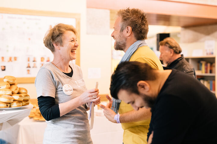 Egal ob Freiwillige, MitarbeiterIn oder Gast, alle hatten Spaß. (Bild: Thomas Meyer Photography)