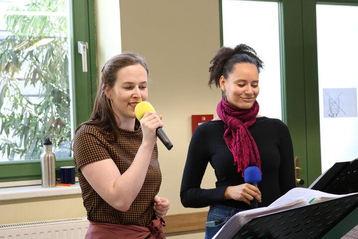 Die Musikerinnen Timna und Magdalena sorgten für einen wahren Ohrenschmaus.