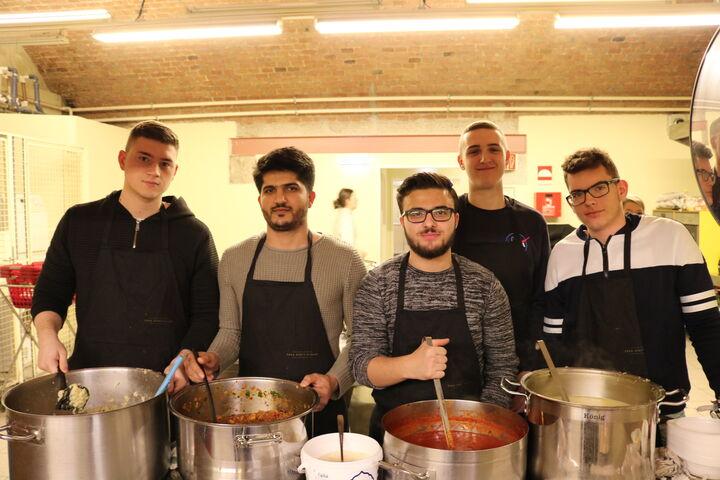 Kochaktionen sind eine tolle Gelegenheiten sich zu engagieren. (Bild: FSW)