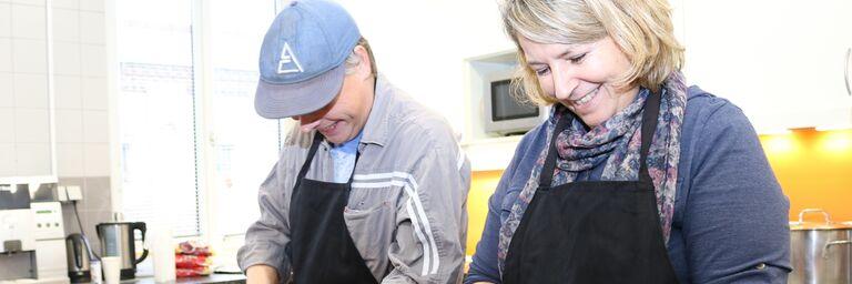 Gemeinsam zu kochen ist eine wunderbare ehrenamtliche Tätigkeit. (Bild: FSW)