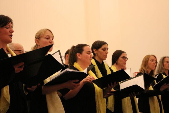 Volle Konzentration beim Chor. (Bild: FSW)