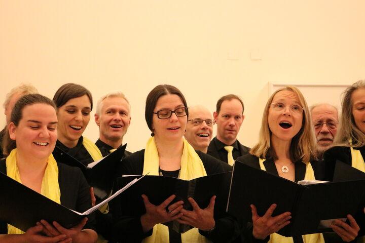 Die Stimmung der SängerInnen übertrug sich auf das Publikum. (Bild: FSW)