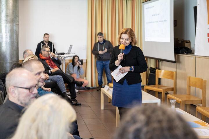 Geschäftsführerin des Fonds Soziales Wien, Anita Bauer, drückte ihren Stolz aus. (Bild: FSW)