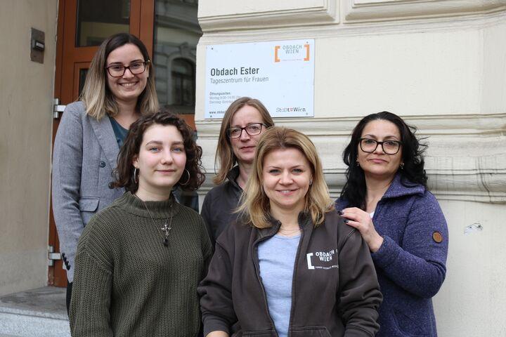 Das Team des Tageszentrum Obdach Ester steht Frauen bei allen Fragen unterstützend zur Seite. (Bild: FSE)