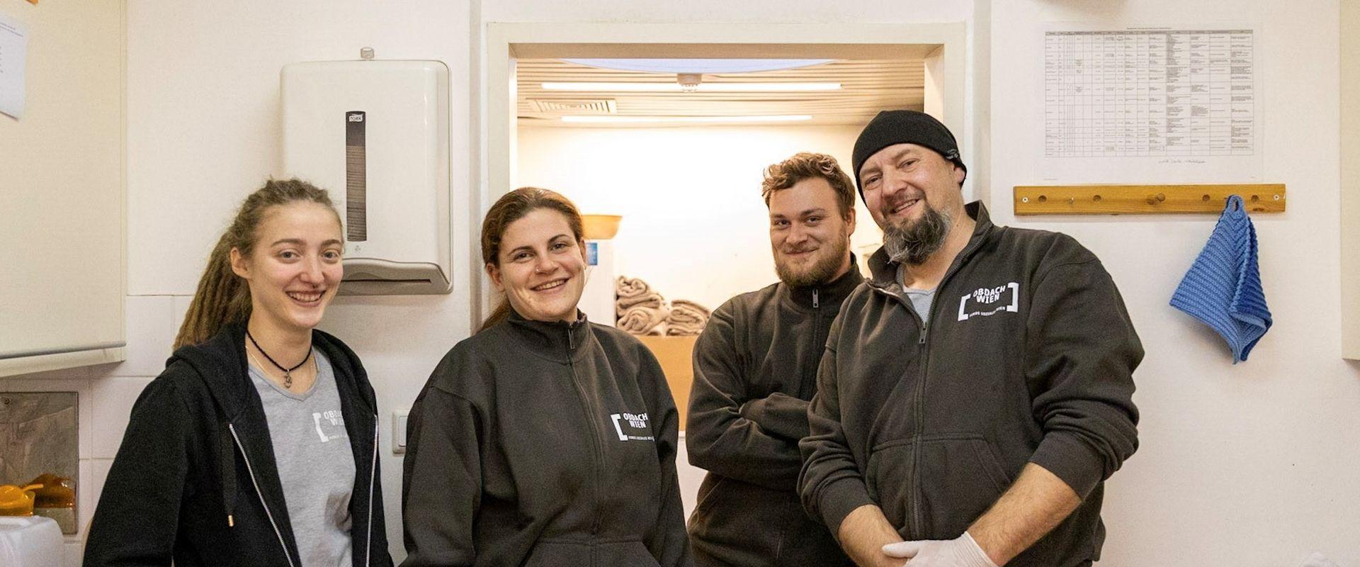 Obdach Wien MitarbeiterInnen unterstützen die NutzerInnen weiterhin.