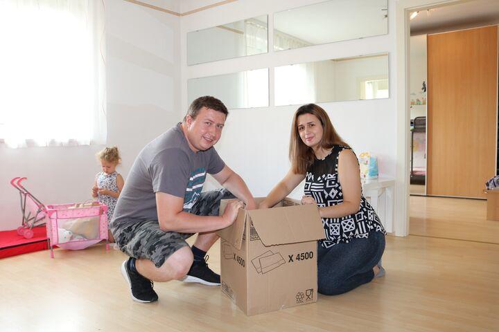 Die letzten Kartons werden ausgepackt. (Bild: FSW)