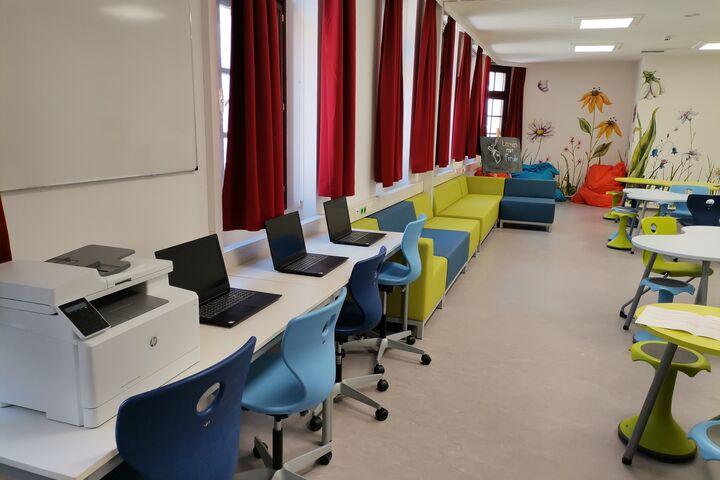 Der helle, fröhliche und einladende Raum ist fertig. (Bild: FSW)