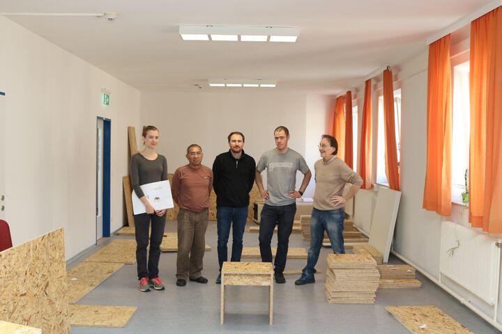 Forum Obdach Wien hat die Zusammenarbeit mit Klemens Schillinger (m.) und Eldine Heep (l.) genossen. (Bild: FSW)