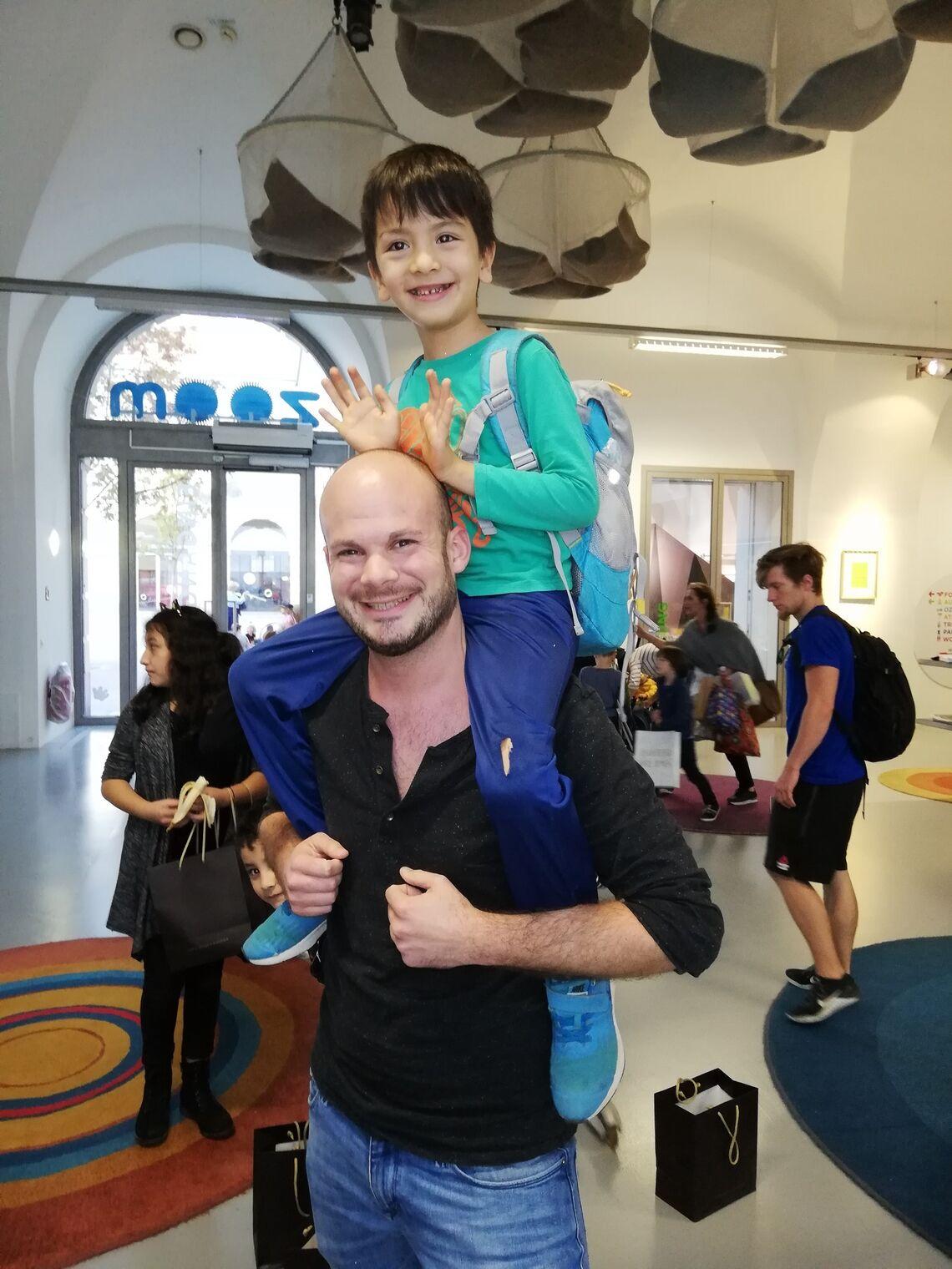 Ein freudiges Wiedersehen bei der zweiten Freiwilligenaktion von Park Hyatt Vienna.  (Bild: FSW)