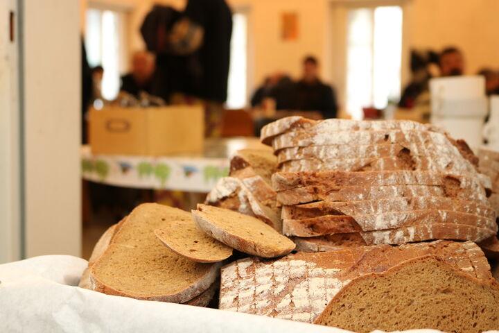 Obdach Apollogasse Brot (Bild: FSW)