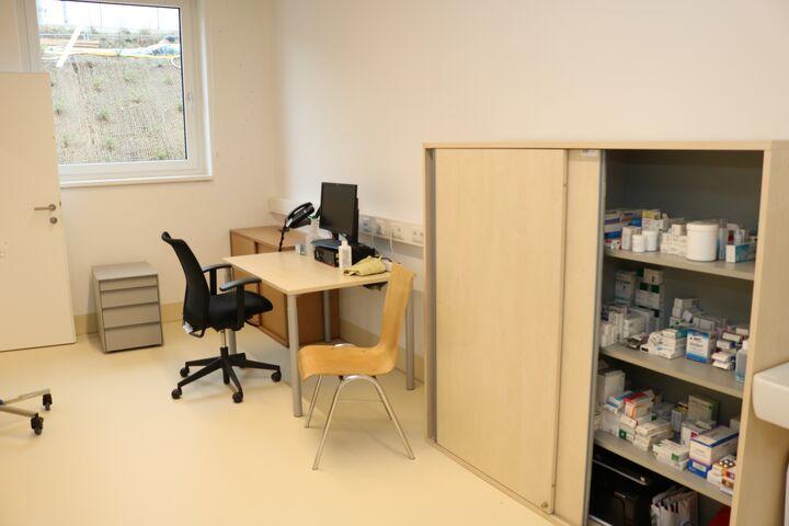 Obdach Ester Behandlungszimmer (Bild: FSW)